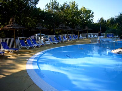 les normes afnor et nos conseils de securite barriere piscine barrieres de piscine barrieres. Black Bedroom Furniture Sets. Home Design Ideas
